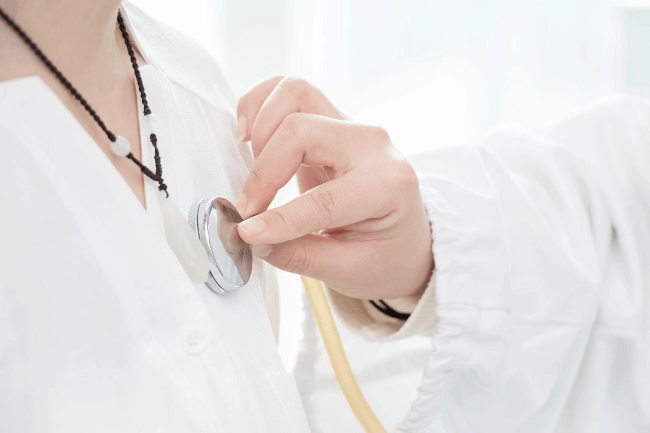 Zasiłki chorobowe i opiekuńcze dla osób wykonujących zawód medyczny od 5 września 2020 r. na ogólnych zasadach